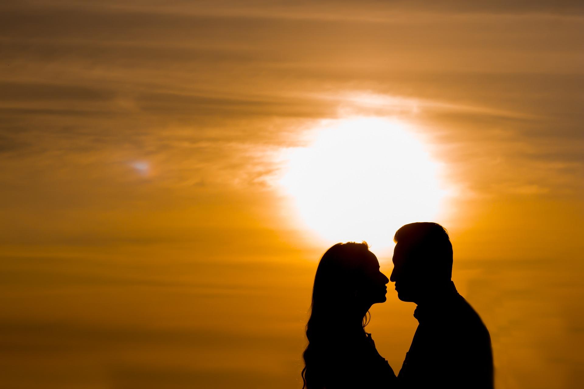 Amar faz bem para a alma e saúde - Hospital Nossa Senhora da Graça