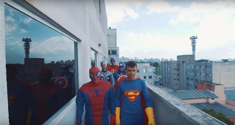 Pintores viram super-heróis no HNSG - Hospital Nossa Senhora da Graça