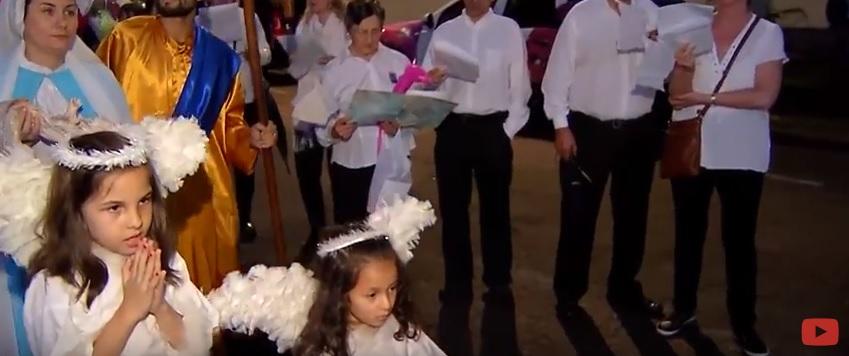 Voluntários presenteiam pacientes do HNSG com serenata de Natal - Hospital Nossa Senhora da Graça