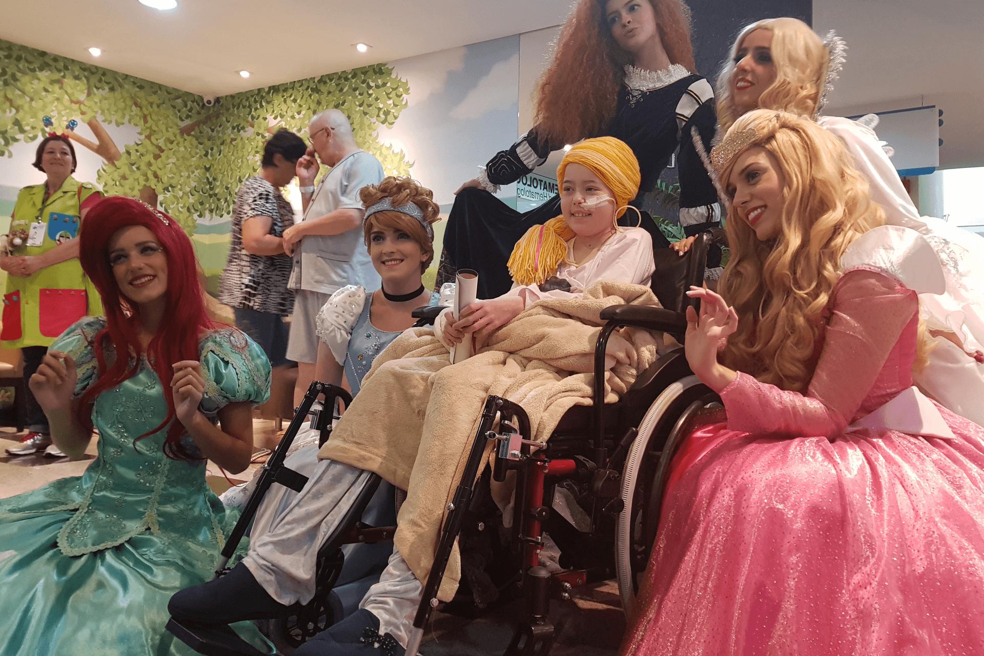 Príncipes e Princesas visitam o HNSG - Hospital Nossa Senhora da Graça
